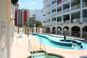 Ocean Blue Vacation Condo, Myrtle Beach - Pool Area