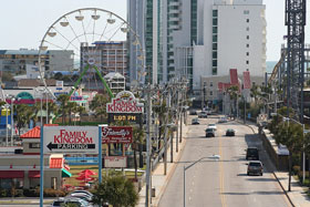 Looking north along Ocean Blvd from MBVII to Family Kingdom amusement park